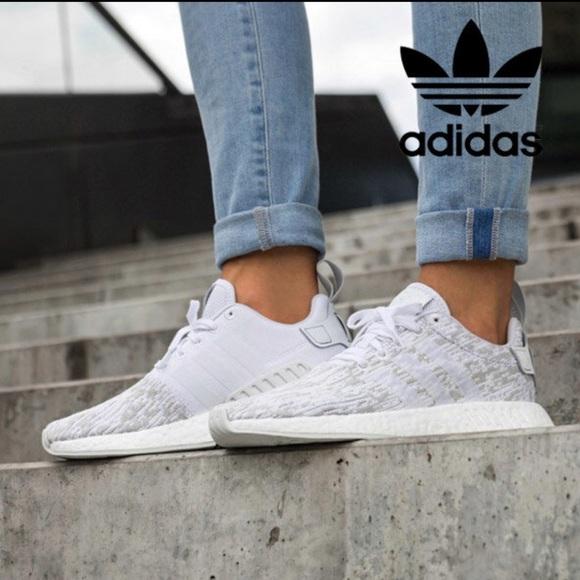 adidas nmd r2 womens white grey